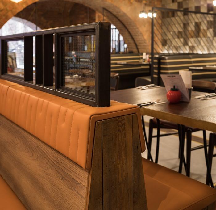 Gourmet Burger Kitchen (Bolton, UK), Restaurant Or Bar In