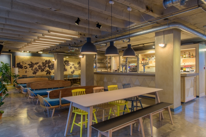 Hs Liverpool UK Fast Casual