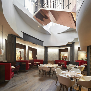 Restaurant or Bar in a hotel