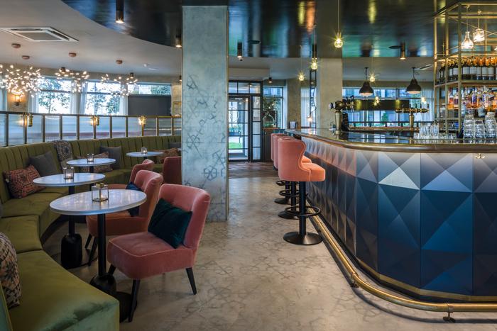 Brasserie blanc hammersmith riverside bar