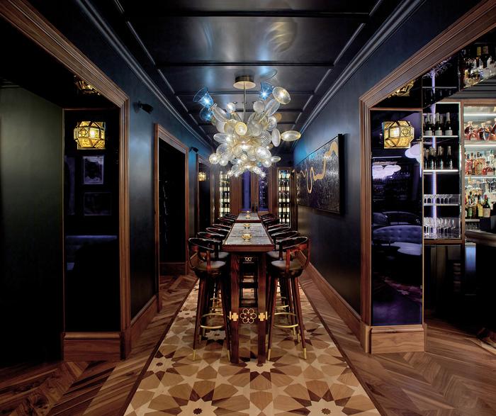 Anthracite Martini Lounge