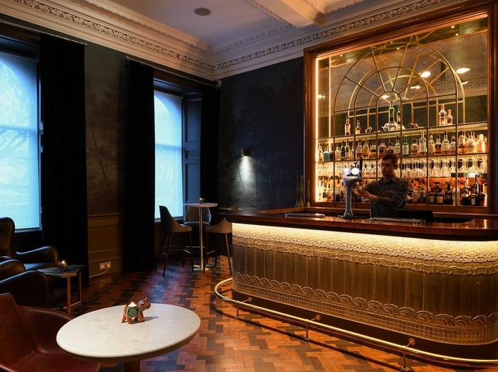 Peacock Bar at Crowne Plaza Edinburgh