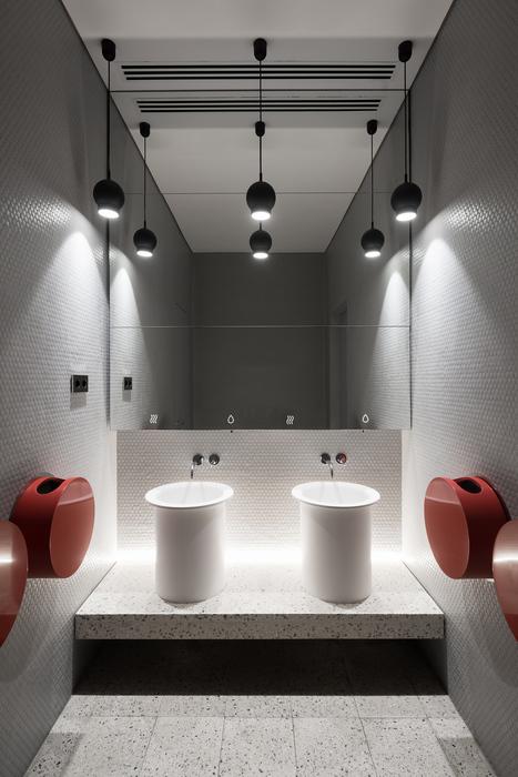 Platov Domestic Lounge