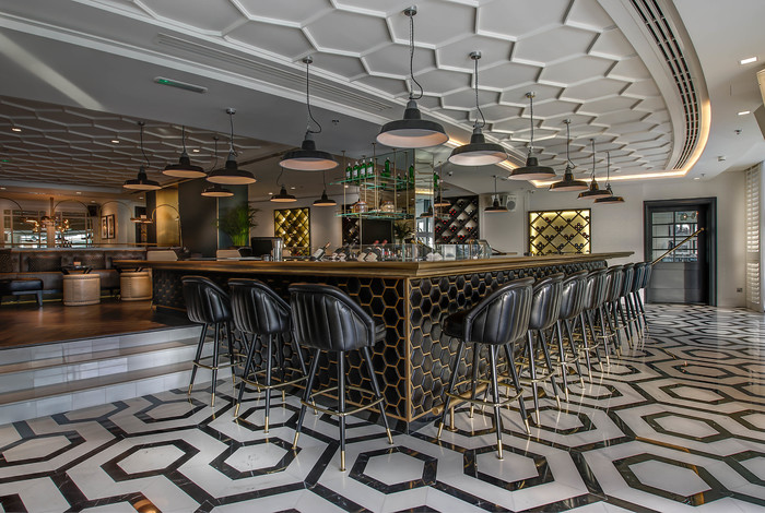 Middle East U0026 Africa RestaurantGeales (Dubai, United Arab Emirates)LW 01  Caf Bar